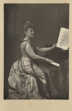 Lillian Nordica (1857-1914), American soprano, made a very successful Covent Garden début in 1890 singing Marguerite in Faust and sang in the three following seasons.  Photograph by W. & D. Downey, London.