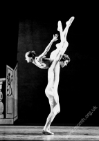 Loma Rogers and John Travis as the Acrobats